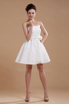 Satin stroppeløs kort a-linje brudekjole med brodert - Focus Vogue