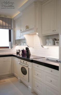 widok na stanowisko piecowe kuchnia prowansalska, kuchnie angielskie, meble na wymiar, classic kitchen, custom kitchen cabinets - wykonanie Artystyczna Manufaktura