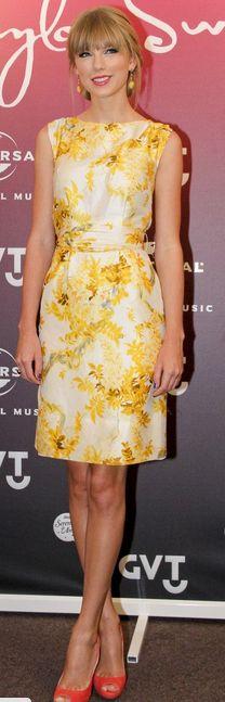 Taylor Swift    Dress – Vintage    Shoes – Prada    Jewelry – House of Lavande