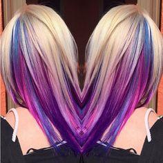 Hast Du schon von dem neuen Underlights Haartrend gehört? Diese Frisuren mit versteckten Regenbogenfarben sind einfach mega cool! - Neue Frisur