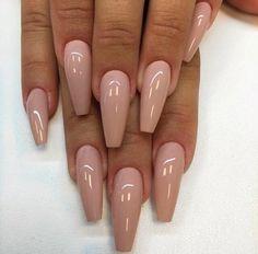 Pretty and simple nail art design - blush nails , simple nails, nude nails ,nail acrylic ,nails Blush Nails, Nude Nails, Coffin Nails, Stiletto Nails, Gorgeous Nails, Pretty Nails, Fabulous Nails, Hair And Nails, My Nails