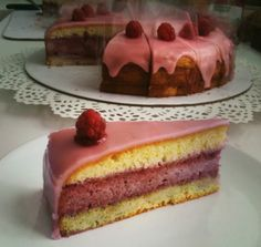 Malinová punčová torta