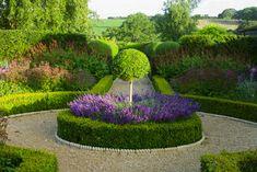 Circle Driveway Landscaping, Driveway Design, Garden Landscaping, House Landscape, Landscape Design, Garden Design, Courtyard Design, Formal Gardens, Outdoor Gardens