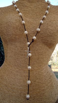 Pearls and leather long lariat by iseadesigns on Etsy, $69.00