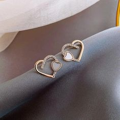 2020 New Korean Heart contracted shiny crystal earrings sweet elegant – Touchy Style