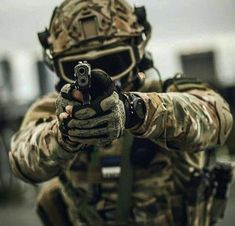 Special Forces Gear, Military Special Forces, Airsoft, Indian Army Wallpapers, Special Ops, Military Police, Military Equipment, Tactical Gear, Armed Forces