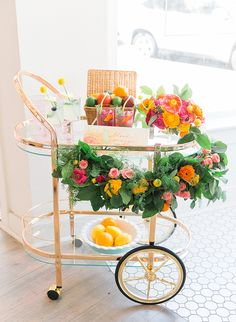 Kid Friendly Summer Citrus Party - Inspired By This Wedding Summer Party Decorations, Reception Decorations, Bridal Shower Party, Baby Shower Parties, Freundlich, Cake Wedding, Wedding Rings, Hairstyle Wedding, Bride Groom