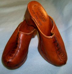 Qualicraft 1970s wood platform mules leather wood shoes 7B by pinehaven2 on Etsy