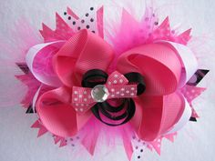 Hair Bow Minnie Mouse Pink. $7.50, via Etsy.