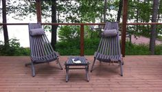 Gray stained Nordeck garden chairs at a lakeside terrace Outdoor Flooring, Outdoor Chairs, Outdoor Furniture, Outdoor Decor, Floor Design, Patio Design, Lakeside Terrace, Wooden Garden Chairs, Soft Play Area