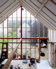 workshop shed, House in Hieidaira - Tato Architects    This is what I need a real workshop!