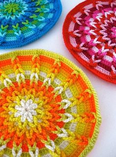 The bright colors of these #crochet patterns are nice and bold. Use them as coasters or another household item. #Home Crochet Mandala, Crochet Motif, Crochet Yarn, Love Crochet, Crochet Crafts, Crochet Projects, Crochet Patterns, Crochet Coaster, Crochet Stitch