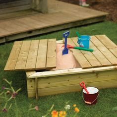 Outdoor sandpit DIY with cover