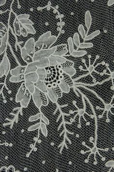 Tul brodat... --Point de Gaze Antique Lace, Vintage Lace, Types Of Lace, Tulle, Couture Embroidery, Lacemaking, Point Lace, Cut Work, Linens And Lace