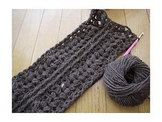 scarf charted pattern by Pierrot