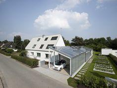 Das LichtAktiv Haus ist das einzige Sanierungsprojekt unter den 6 experimentellen ModelHomes in Europa und stellte damit eine besondere Herausforderung dar. Als Active House baut das Konzept auf zu...