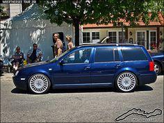 Blue VW Golf estate by retromotoring, via Flickr