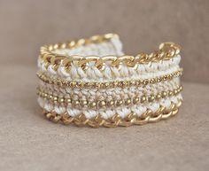 Beige crochet bracelet with beads, chunky chain bracelet, bohemian bracelet, bling bracelet with rhinestones