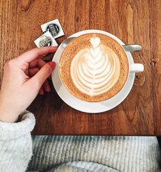 Regardez cette photo Instagram de @topparisresto • 696 J'aime  #resto #paris #parisresto #topparisresto #eatinparis #bonnesadresses #bonneadresse #restaurant #restaurantparis #parisrestaurant #cafe #café #coffee
