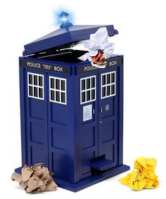 Doctor Who TARDIS Trash Can - so cool but you could NEVER throw rubbish in it!!!