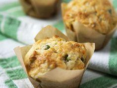 Pikante Muffins mit Erbsen und Hackfleisch - smarter - Zeit: 35 Min. | eatsmarter.de