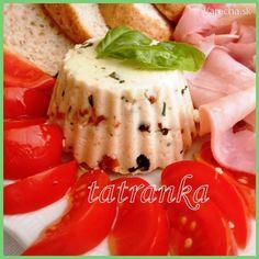 Domáci syr z čerstvého mlieka (fotorecept) Sushi, Panna Cotta, Ale, Ethnic Recipes, Food, Dulce De Leche, Ale Beer, Essen, Meals