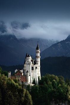 Castle Neuschwanstein, Germany - Photography by Kilian Schönberger Beautiful Castles, Beautiful Places, Wonderful Places, Castle Parts, Castle Pictures, Romanesque Architecture, Architecture Design, Château Fort, Germany Castles