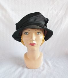 1920/'s Style White Cloche Style Hat Vintage Cream Straw Cloche Style Bucket Hat With Large Bow Downton Abbey Style Hat