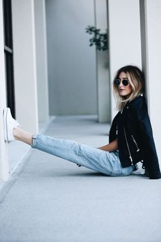 Personally, I am a sucker for boyfriend jeans. I love them. You can wear them with sneakers and look cool or you can dress them up with a heel and look sophisticated. I really feel like you could n…