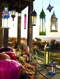 I love all the colored lanterns-Boho chic!