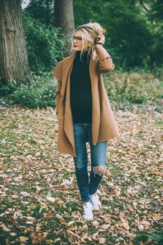 Central Park Zoo - Barefoot Blonde by Amber Fillerup Clark - Street Fashion