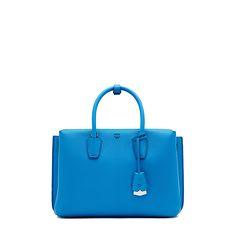 e2535dddc4fe0 MCM Damen Handtasche Milla Tote Medium Blau bei SAILERstyle Handtaschen