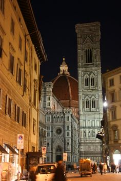 Florence, Italy... Basilica di Santa Maria del Fiore...I stood on this very street and it was incredible!!! The Duomo has 463 steps to the top & has an extraordinary view of Florence! I intend to return one day to relive one of the most rewarding trips to Italy ever! ~ <3