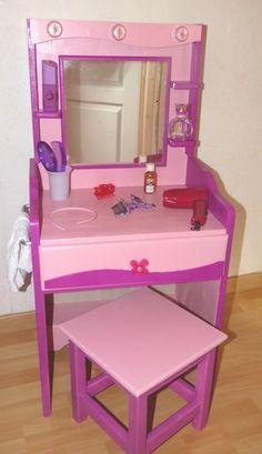 niñas Nail Ideas nail ideas for kids Diy Vanity, Vanity Set, Dragonball Z Cake, Kids Dressing Table, Girls Bedroom, Bedroom Decor, Study Table Designs, Kids Sofa, Kids Room Design