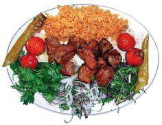 Kuşbaşı şeklinde doğranan etler çöp şişe takılarak ızgarada özenle pişirilir. Yanında közlenmiş biber, domates ve sumaklı soğan, maydanoz ile servis yapılır. Konya Urfa Sofrası Restaurant'ta Afiyetle Yenir.