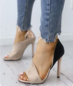 Neutral shoe that can be worn with ANYTHING