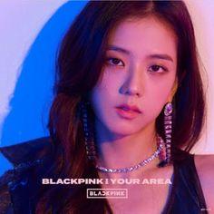 Your source of news on YG's current biggest girl group, BLACKPINK! Blackpink Jisoo, Kpop Girl Groups, Korean Girl Groups, Kpop Girls, Yg Entertainment, K Pop, Jenny Kim, Lisa Black Pink, Programa Musical