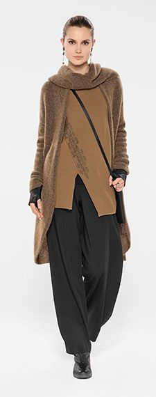 Sarah Pacini collection Winter 2014. Wide pants with camel assymetric pullover and knit cardigan