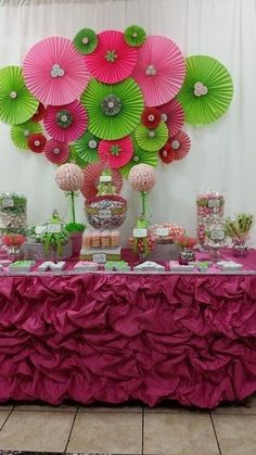 Pink and green Baby Shower Party Ideas Shower Party, Baby Shower Parties, Baby Shower Themes, Baby Shower Gifts, Baby Showers, Shower Ideas, Baby Shower Verde, Girl Shower, Girl Birthday
