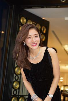 Japanese Models, Japanese Fashion, Japanese Girl, Asian Models Female, Satomi Ishihara, Japan Woman, Elegant Wedding Hair, Girls In Love, Beautiful Asian Girls