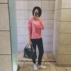 """177 Likes, 15 Comments - umechan (@umechan1989) on Instagram: """"パー子なピンク😍  #ootd #fashion #cordinate #pink #ピンク #knit #barnyardstorm #pants #koral #shoes #adidas…"""""""