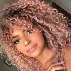 Lace Frontal Wigs Pink Blonde Hair With Pink Roots For Girl Curly Pink Hair, Pink Blonde Hair, Colored Curly Hair, Grey Hair, Cabelo Rose Gold, Rose Gold Hair, Bob Tresses, Curly Hair Styles, Natural Hair Styles