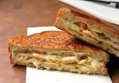 Grilled Cheese with Tomato, Pickles and Potato Chips !!  todo el mundo siempre se rie de mi por meterle patar fritas a los bocatas y sandwiches!!! :)