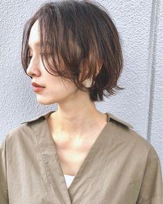 Pin on ヘアスタイル Asian Short Hair, Girl Short Hair, Short Hair Cuts, Short Bob Hairstyles, Weave Hairstyles, Hair Inspo, Hair Inspiration, Shot Hair Styles, Hair Arrange