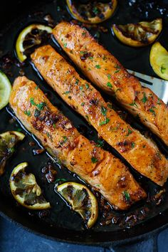 Honey Garlic Salmon - garlicky, sweet and sticky salmon with simple ingredients. Takes 20 mins, so good and great for tonight's dinner | rasamalaysia.com