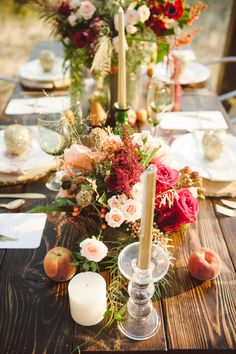 autumn tablescape // photo by Jessica White Photography, styling by Branches Event Floral // http://ruffledblog.com/glittery-thanksgiving-wedding-ideas
