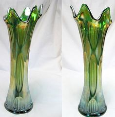 Antique Fenton Green Carnival Diamond and Rib Vase, 1910-20 Tall and Gorgeous