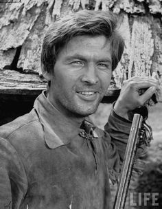 Fess Parker as Daniel Boone. One of my favorite shows & actors!
