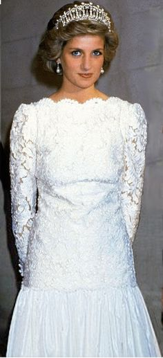 November 10, 1985: Princess Diana attends a formal event in Washington, DC, USA.