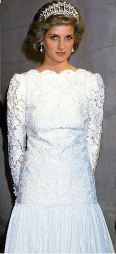 November 10, 1985: Princess Diana attends a formal event in Washington, DC, USA.